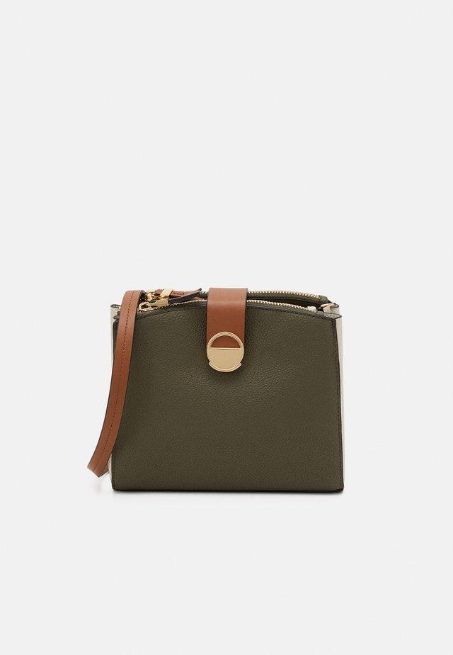 CROSSBODY BAG - Across body bag - khaki