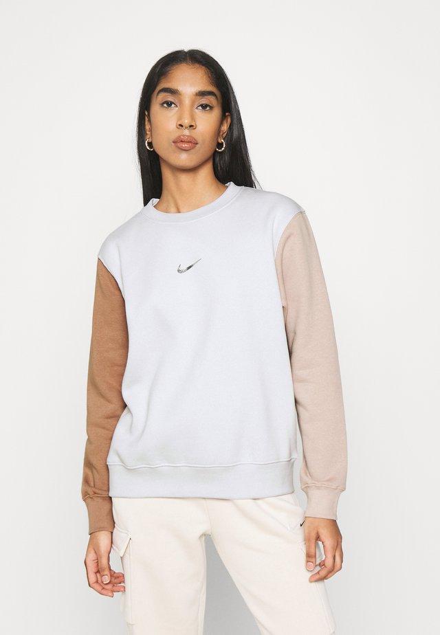 CREW - Sweatshirt - vast grey