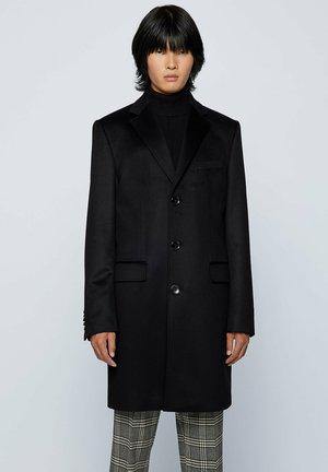 HAL - Short coat - black