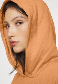 Even&Odd - LONG OVERSIZED HOODIE - Hoodie - camel - 3