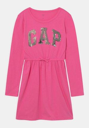 LOGO DRESS - Jersey dress - pink