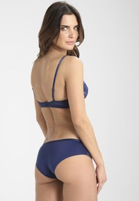Triumph - SEXY SPOTLIGHT HIP - Braguitas - deep water - 2