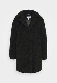 Noisy May Petite - NMGABI JACKET - Classic coat - black - 4