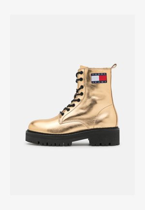 METALLIC LACE UP BOOT - Platform ankle boots - gold