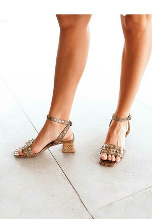 TELMA - Sandals - gold