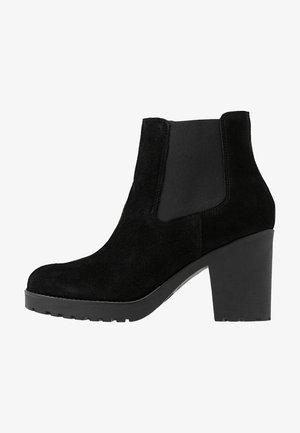 SLFFILLIPPA CHELSEA - Kotníková obuv na vysokém podpatku - black