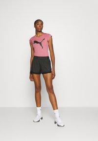 Puma - HEATHER CAT TEE - T-Shirt print - foxglove heather - 1