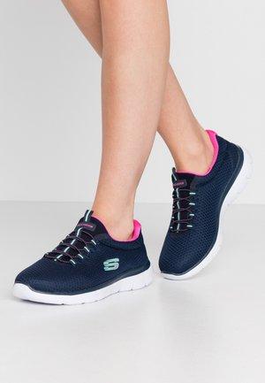SUMMITS - Sneakersy niskie - blue