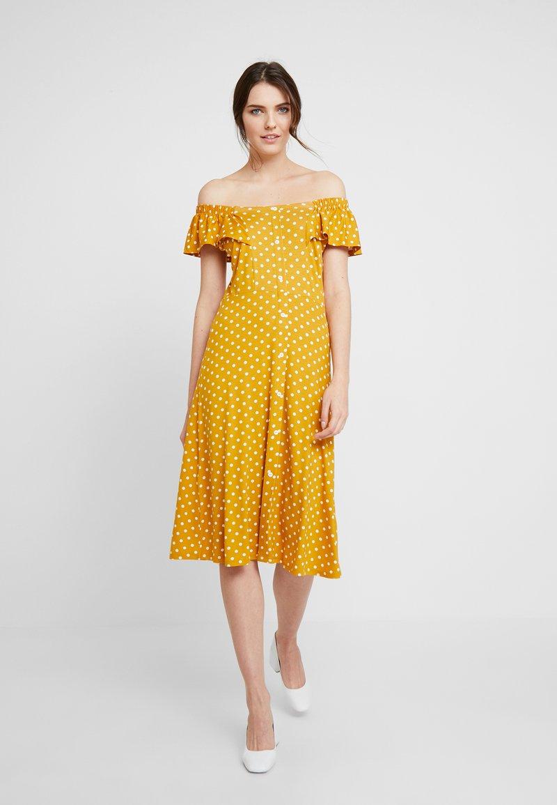 Dorothy Perkins - SPOT BARDOT DRESS - Jerseyklänning - ochre