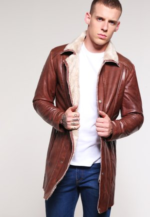 ROCKY MOUNTAINS - Veste en cuir - dark cognac