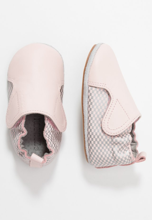 HECTOR - First shoes - light pink