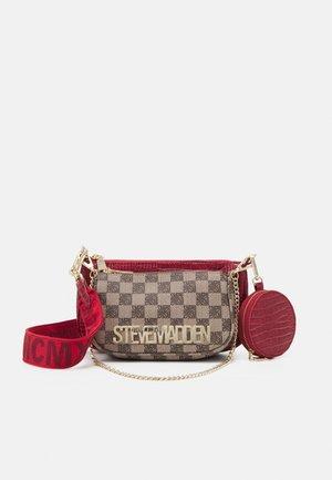 BURGENTL SET - Handbag - red