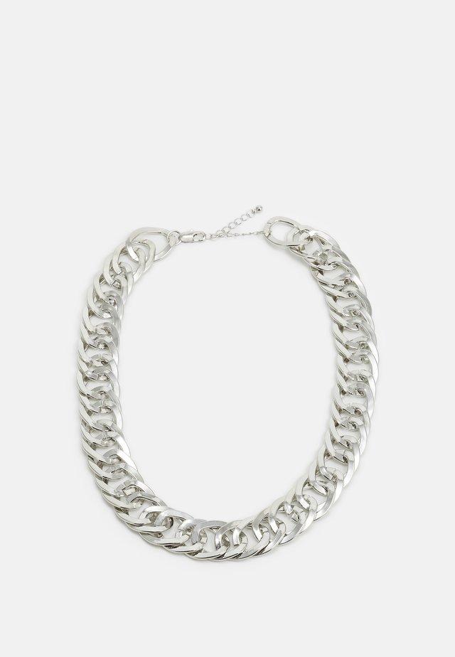 PCFERENDA NECKLACE - Kaulakoru - silver-coloured