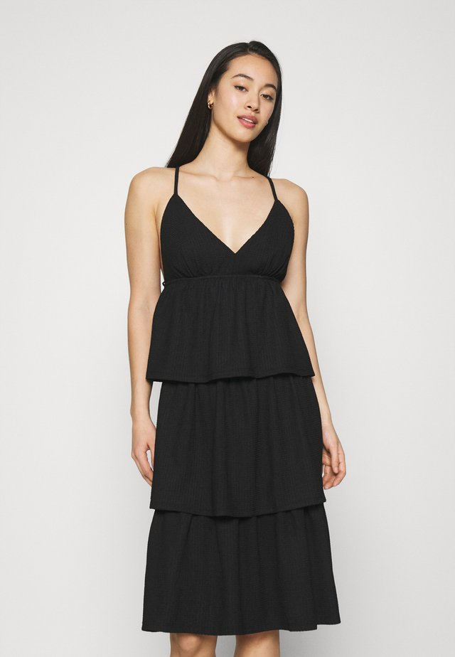 VMKIMBER SINGLET KNEE DRESS - Denní šaty - black