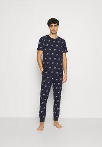 Jack & Jones - JACJASON SET - Pyjamas - maritime blue - 1