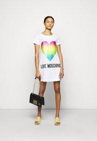 Love Moschino - Vestido ligero - optical white - 1