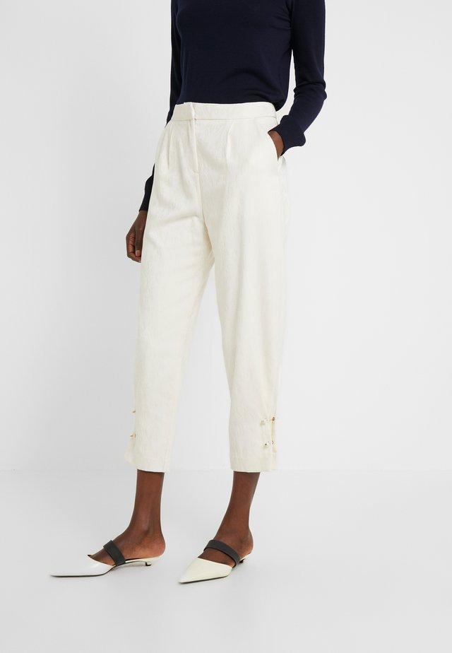 JEWELL - Spodnie materiałowe - ivory