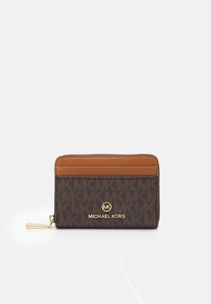 JET SET CHARM COIN CARD CASE - Monedero - brown/acorn