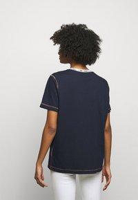 M Missoni - Print T-shirt - dark blue - 2