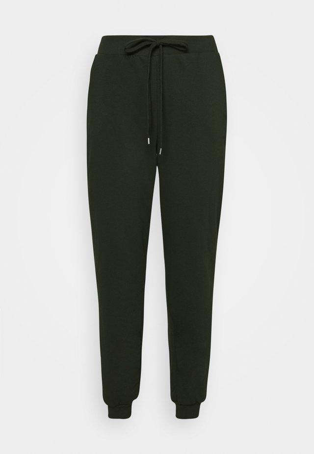 VMKOKO PANT CURVE - Pantaloni sportivi - duffel bag