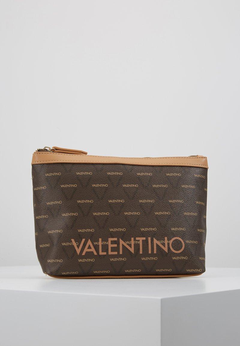 Valentino Bags - LIUTO - Toiletti-/meikkilaukku - brown/multi