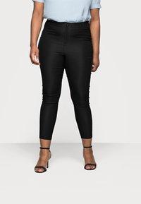 Vero Moda Curve - VMAUGUSTA SKINNY SOLID PANT - Leggings - Trousers - black - 0