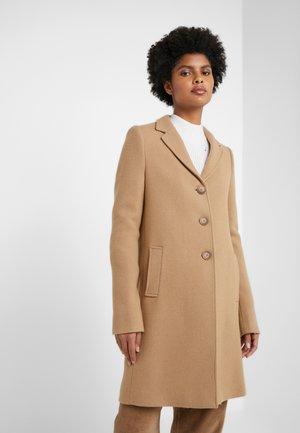 KATIE COAT - Zimní kabát - camel
