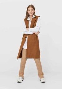 Stradivarius - Smanicato - brown