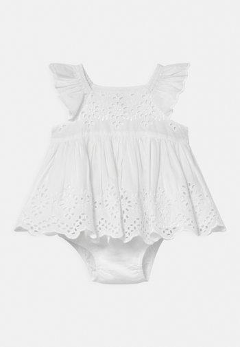EYELET SET - Cocktail dress / Party dress - optic white