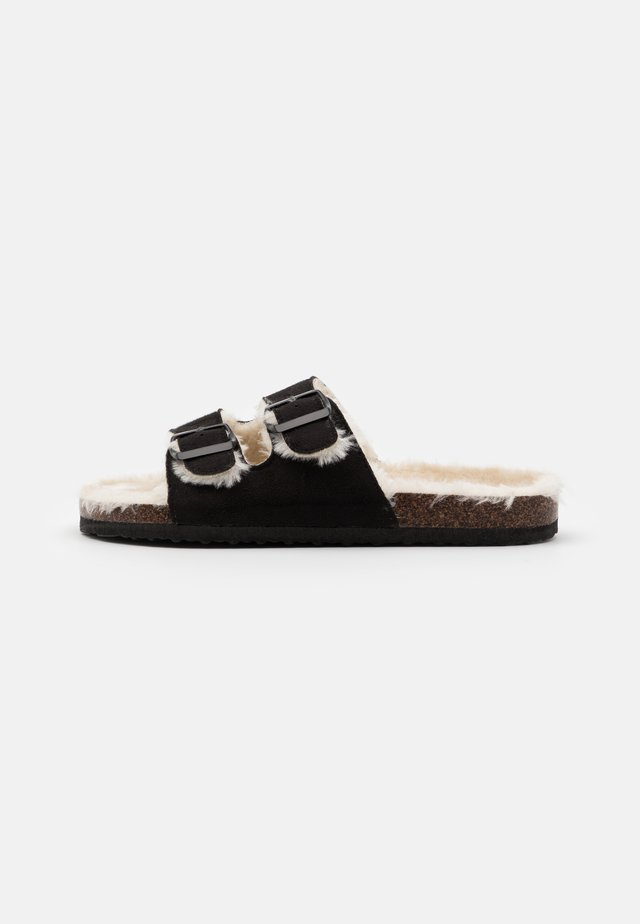 REX DOUBLE BUCKLE - Kapcie - black/cream