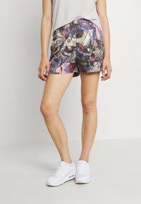 Nike Sportswear - FEMME - Shorts - ironstone/black/metallic gold - 0