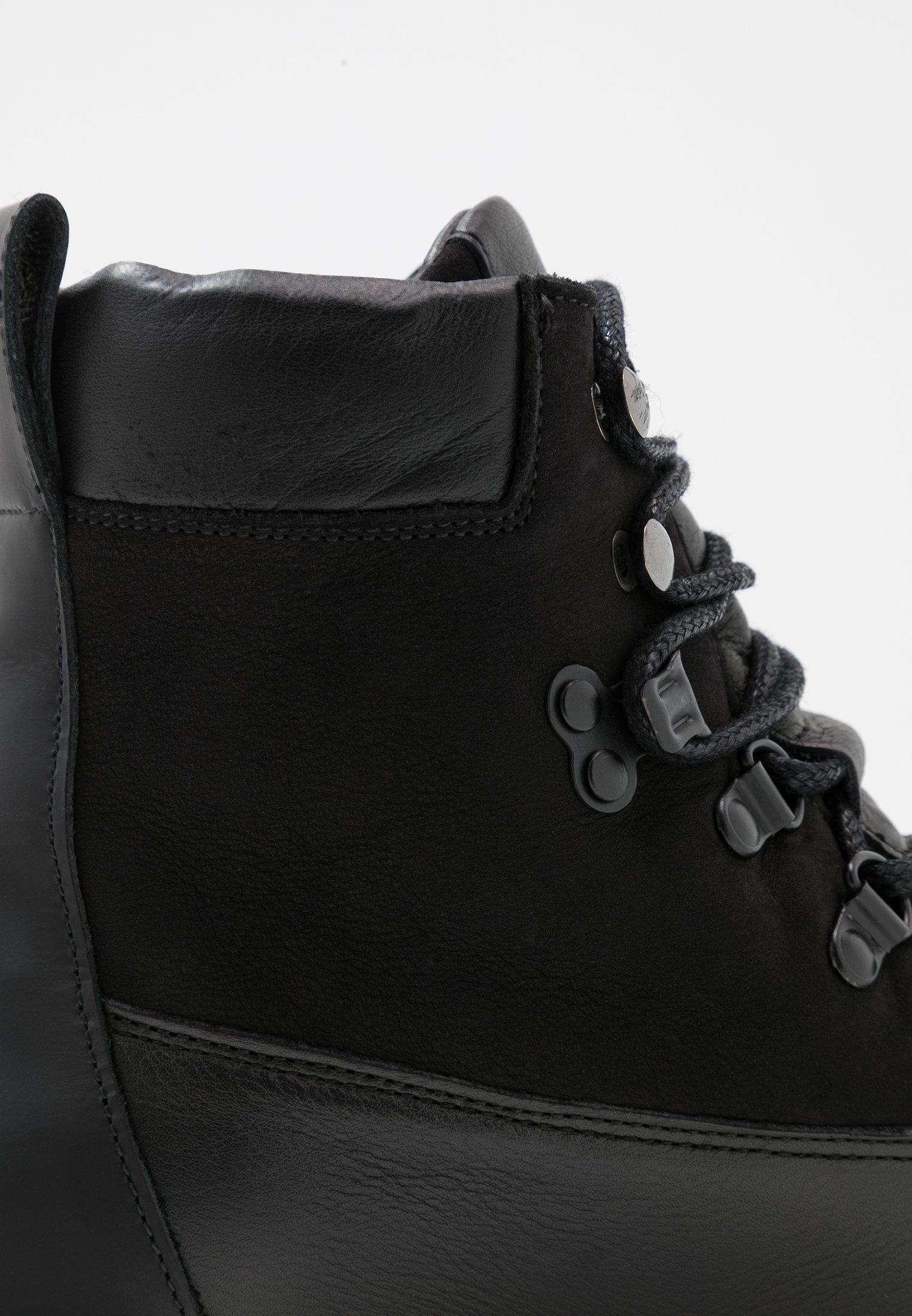 HIKER BOOT Enkellaarsjes met plateauzool black