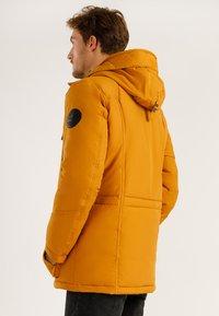 Finn Flare - MIT HOCHWERTIGER WATTIERUNG - Winter jacket - autumn - 2