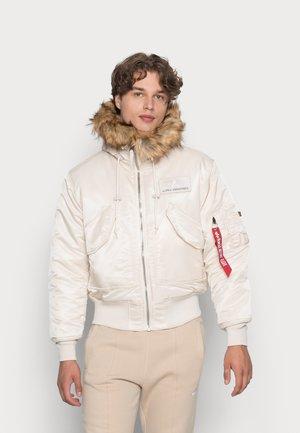 HOODED CUSTOM - Winter jacket - jet stram white