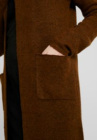 TWINTIP - Strikjakke /Cardigans - brown - 4