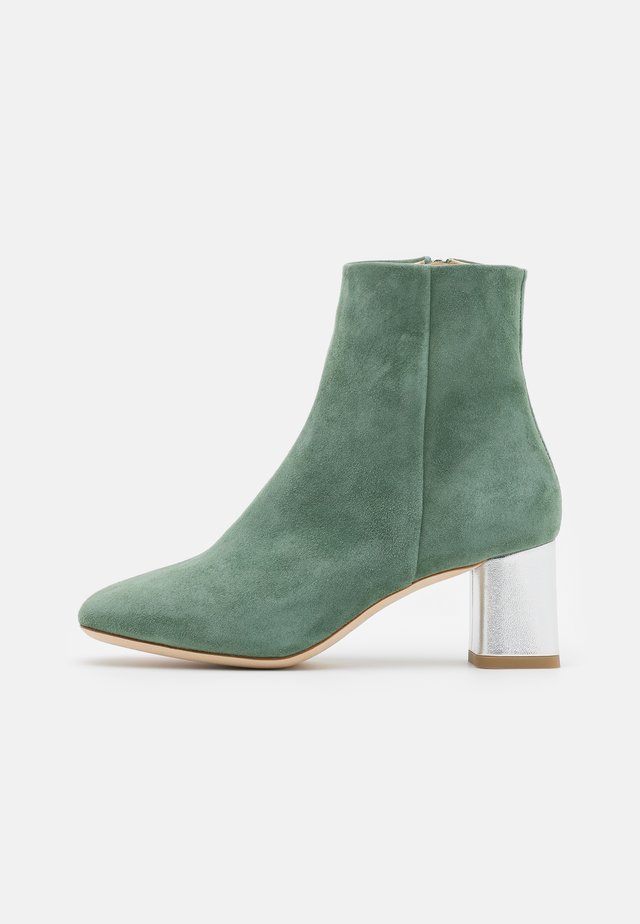 MELO - Classic ankle boots - jade/argent