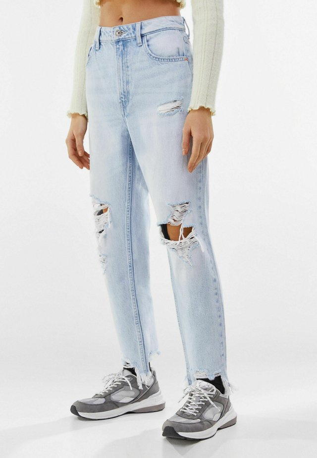 MIT RISSEN  - Jean boyfriend - light blue