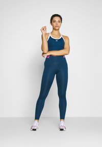 Nike Performance - Reggiseno sportivo - valerian blue/white - 1