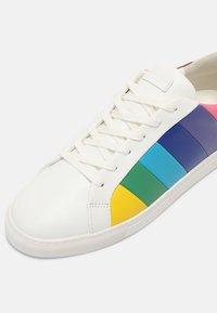 Kurt Geiger London - LANE STRIPE - Tenisky - multi-coloured - 4