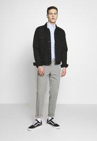 Limehaus - SEMI PLAIN - Kostymbyxor - grey - 1