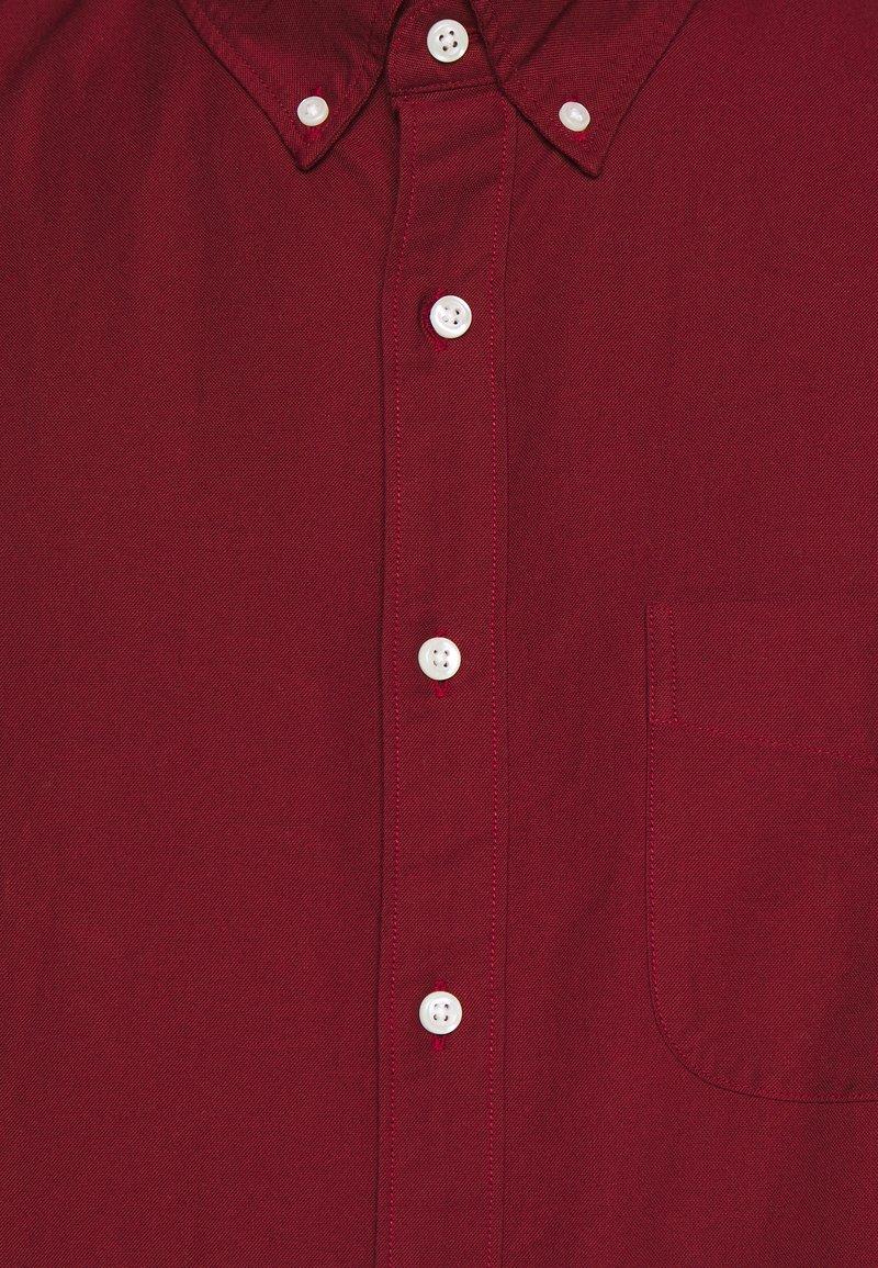 J.CREW STRETCH OXFORD - Hemd - dark cranberry/dunkelrot rQWjhc