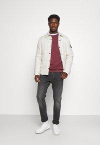 Pier One - Sweatshirt - bordeaux - 1