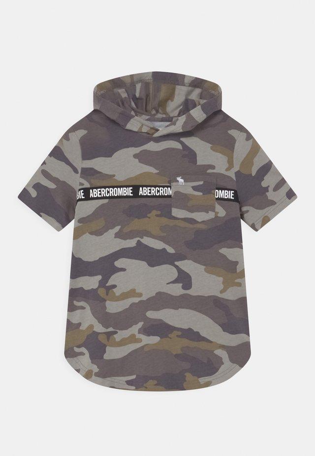 T-shirt med print - khaki/grey