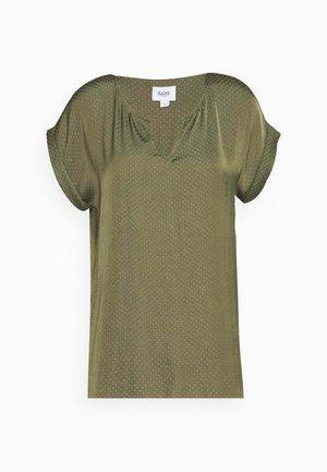 BRIANA - Bluser - army green
