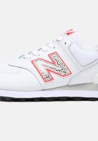 New Balance - WL574 - Zapatillas - white - 7