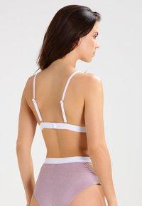 Undress Code - BE GIRLISH - Reggiseno a triangolo - light pink - 2