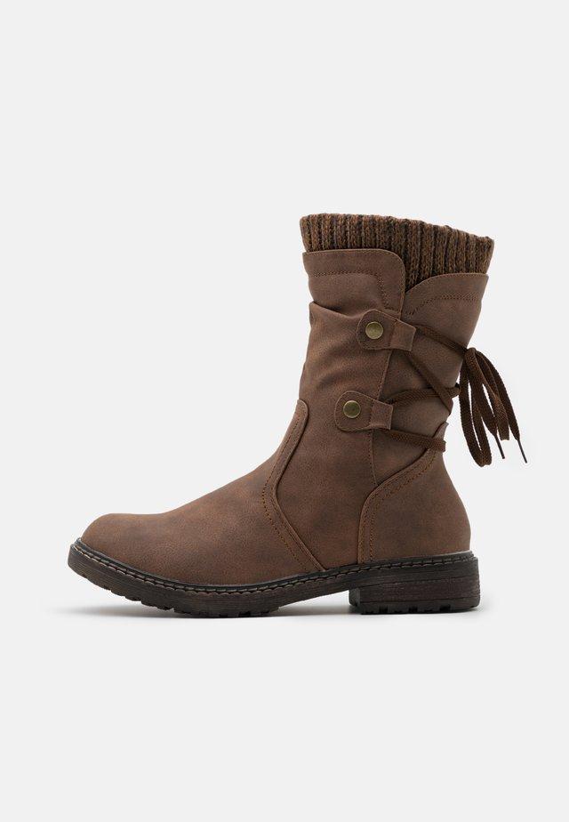 Šněrovací vysoké boty - dark red