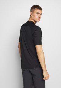 Giro - GIRO - Print T-shirt - black reaceline - 2