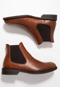 Selected Homme - SLHLOUIS CHELSEA BOOT  - Classic ankle boots - cognac - 1