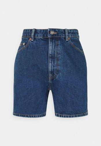 ONLBAY LIFE - Shorts di jeans - medium blue denim